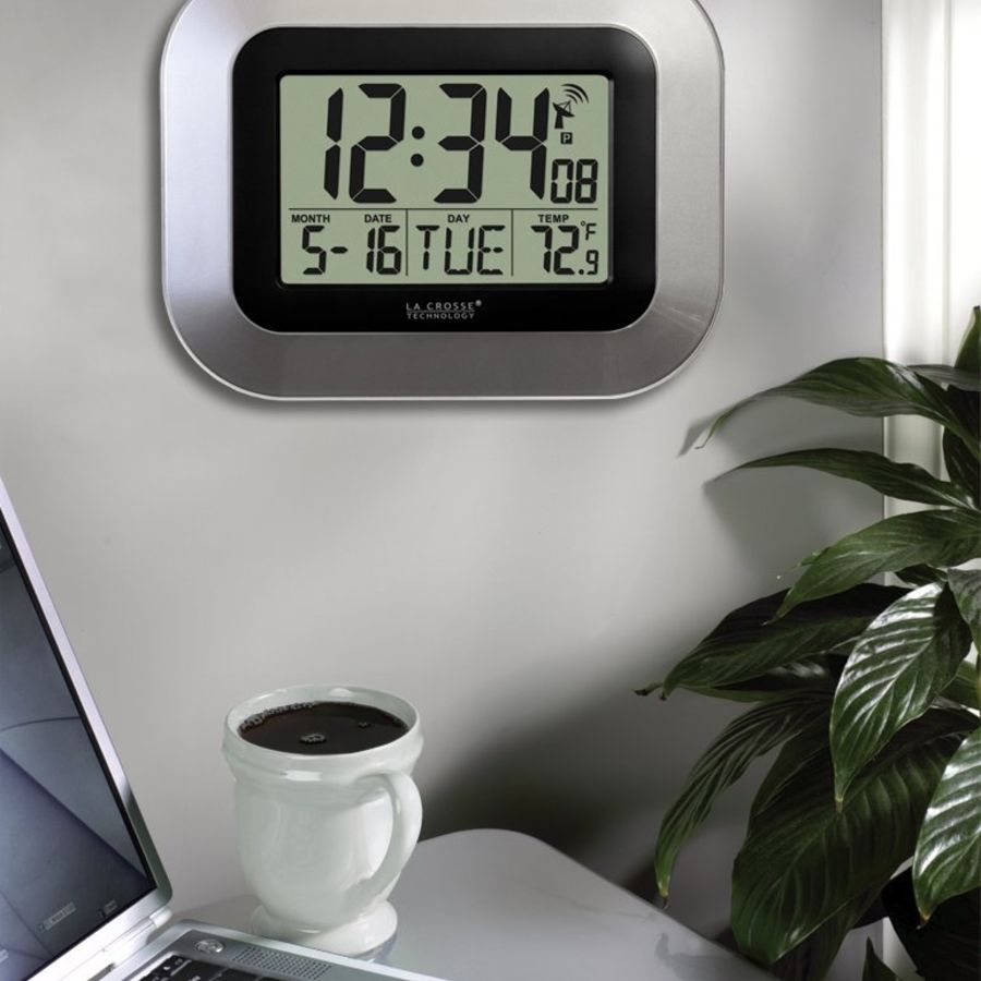 Digital wall clock royalty-free 3d model - Preview no. 7