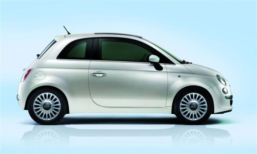 Fiat 500 royalty-free 3d model - Preview no. 5