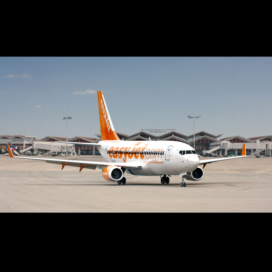 Boeing 737-800 EasyJet royalty-free 3d model - Preview no. 3