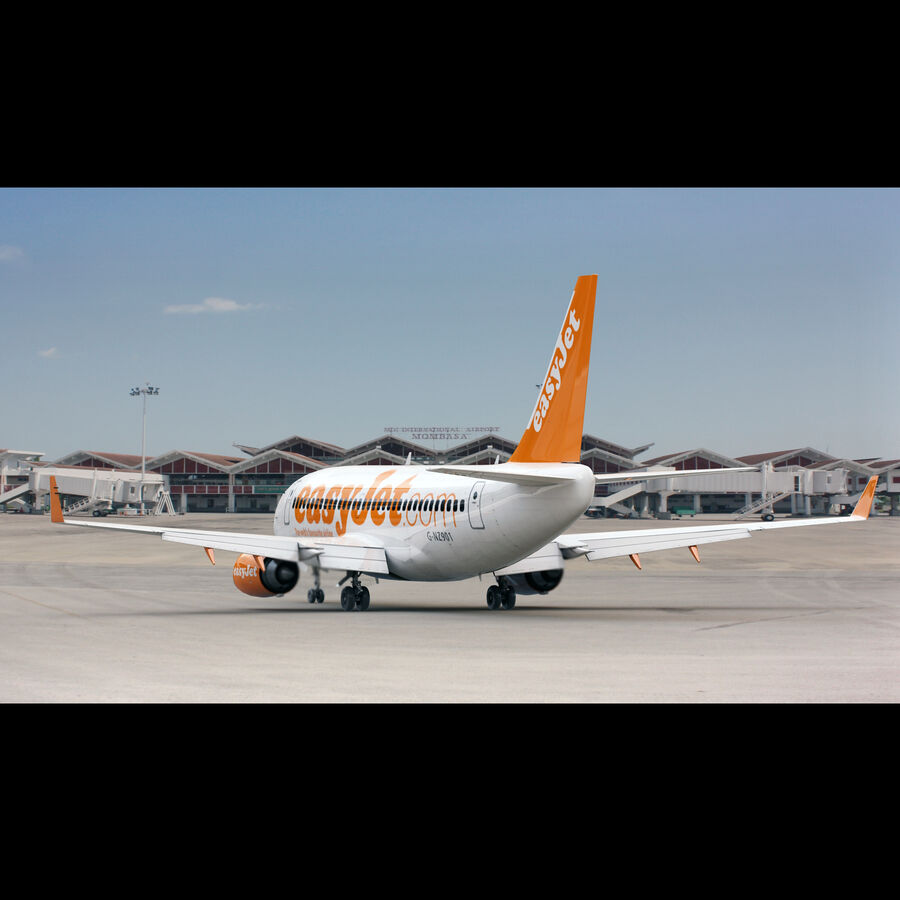 Boeing 737-800 EasyJet royalty-free 3d model - Preview no. 4