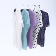 Blusas en Perchas modelo 3d
