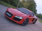 Audi R8 realistica 3d model