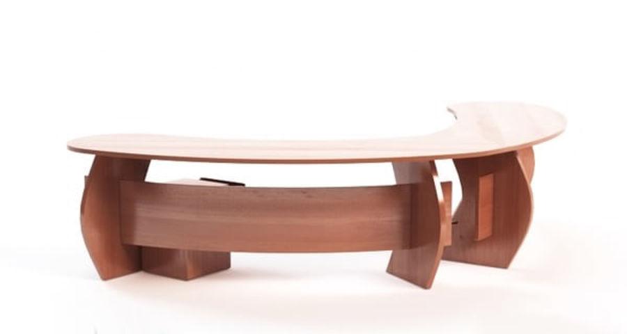 Zakrzywione biurko biurowe royalty-free 3d model - Preview no. 2
