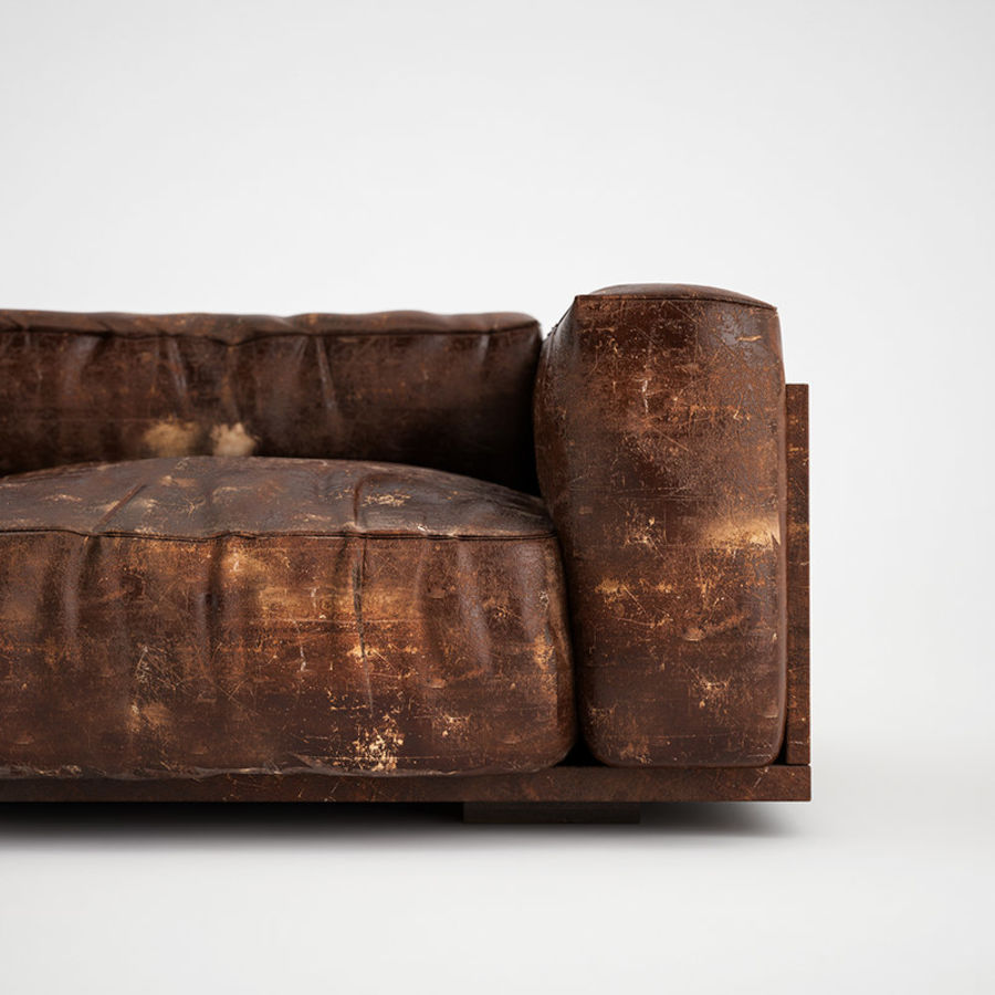 Genial Wrinkled Worn Leather Sofa Royalty Free 3d Model   Preview No. 1