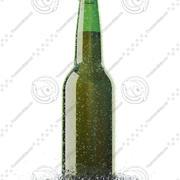 Bierflasche mit Wassertropfen und Wasserspritzer 3d model