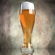 Cerveza en vaso modelo 3d