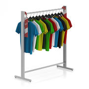 T-shirts op hangers 3d model