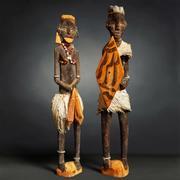 Primitieve sculptuurpaar 3d model
