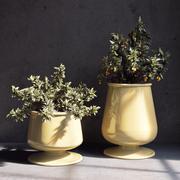 Pottery Barn_Reactive Glaze Planter 3d model