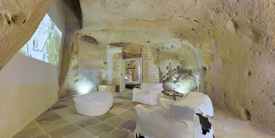 Cave Villa #2 royalty-free 3d model - Preview no. 4