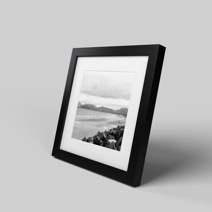 Modern Picture Frame - Seaside Photo royalty-free 3d model - Preview no. 2