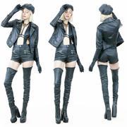 Gorąca dziewczyna w czapce z czarnymi skórzanymi butami 3d model
