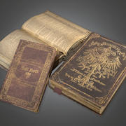 Bücher 02 (Antiquitäten) - PBR Game Ready 3d model