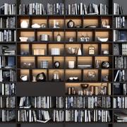 Boekenkast met boeken en decor 3d model