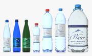 PET- und Glasflaschen-Pack. Enthalten sind 50 cl, 1,5 l und eine 6 l. Drei Glas- und vier Plastikflaschen. 3d model