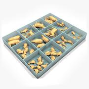 Caja con juguetes de animales de madera modelo 3d