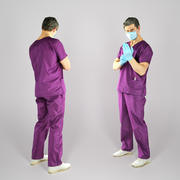 Docteur en chirurgie mettant des gants stériles 73 3d model