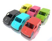 Toy Van avec différentes textures 3d model